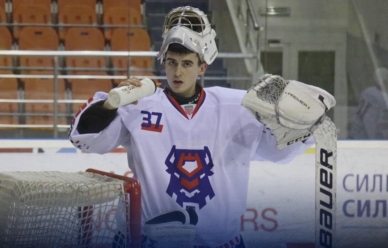 Алексей Голенко: Взрослый хоккей более быстрый и интересный, чем в ...