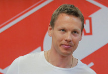 КХЛ: Эдуард Левандовский подписал контракт с