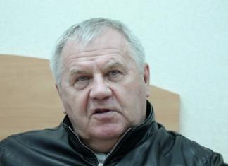 ЧБ: Наставник сборной Беларуси посетил матч чемпионата Беларуси