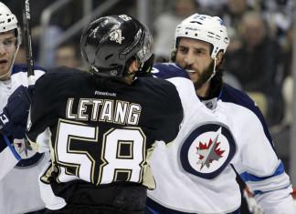 НХЛ: Пять передач канадского защитника обеспечили «Питтсбургу» победу над «Виннипегом»