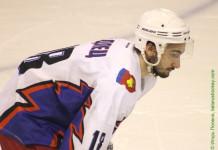 ЧБ: Девять хоккеистов находятся на просмотровых контрактах в «Металлурге»