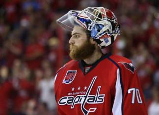 НХЛ: Голкипер «Вашингтона» одержал 41-ю победу в сезоне, повторив личный и клубный рекорды