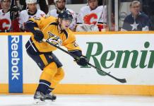 Экс-защитник сборной России официально сменил НХЛ на КХЛ