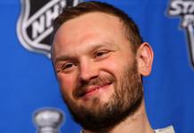 НХЛ: Российский тренер подпишет трехлетний контракт с обладателем Кубка Стэнли