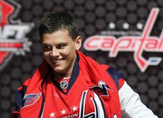 НХЛ: «Вашингтон» продлил контракт с талантливым шведом