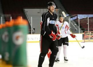 НХЛ: Белорусский защитник отправлен в АХЛ