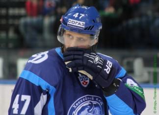 «БХ»: Белорусский защитник перешел в китайский клуб ВХЛ
