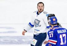 Главный тафгай КХЛ продлил контракт с «Барысом»