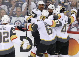 НХЛ: «Вегас» переиграл «Виннипег» и стал первым финалистом Кубка Стэнли
