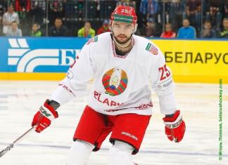 Олег Евенко: Я не боец, я — хоккеист. И приехал сюда играть в хоккей