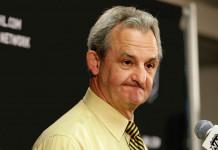 НХЛ: Двукратный обладатель Кубка Стэнли завершил тренерскую карьеру