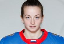 Белорусская хоккеистка получила значок мастера спорта в России