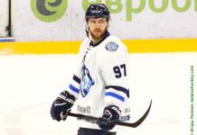 Экстралига А: Белорусский форвард с опытом игры в ВХЛ перешел в «Металлург»
