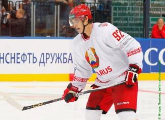 Защитник сборной Беларуси подписал полноценный контракт в Чехии