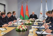 Александр Лукашенко: Деньги потратили немалые на биатлон, а что показали. То же самое хоккей. Серьезно придется подумать
