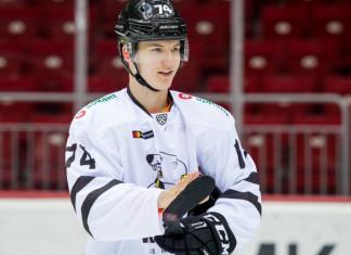 НХЛ: Два российских хоккеиста из КХЛ подписали контракты с «Нью-Йорк Рейнджерс»
