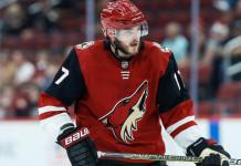 Видео: Сын экс-хоккеиста сборной Беларуси усиленно готовится к сезону в «Аризоне»