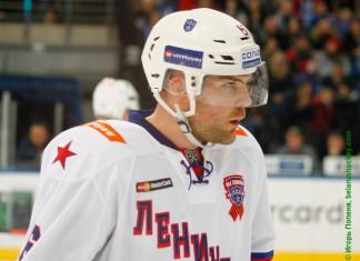 Один из лучших атакующих защитников КХЛ сменит СКА на другой клуб