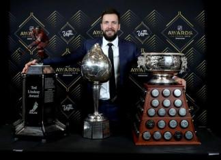 НХЛ: Российский хоккеист получил «Харт Трофи» и «Тед Линдсей Эворд»