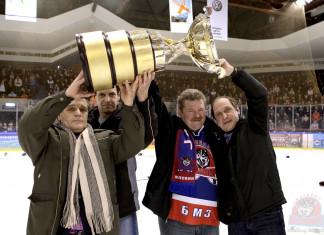 Анатолий Савенок: Сейчас у команды появились хорошие шансы вернуть былую славу «Металлурга»