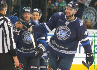 КХЛ: Габаритный защитник продлил контракт с минским «Динамо»