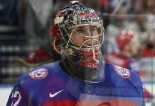 НХЛ: Голкипер сборной России подписал контракт с «Флоридой» на $70 млн