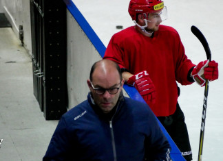 Крэйг Вудкрофт понаблюдал за выходом на лёд «Пинских Ястребов»