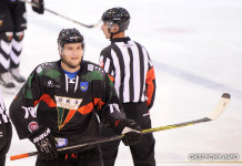 Чемпионат Польши: Два белорусских хоккеиста покинули клуб Андрея Гусова