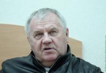 КХЛ: Шайба угодила в голову заслуженному тренеру Беларуси